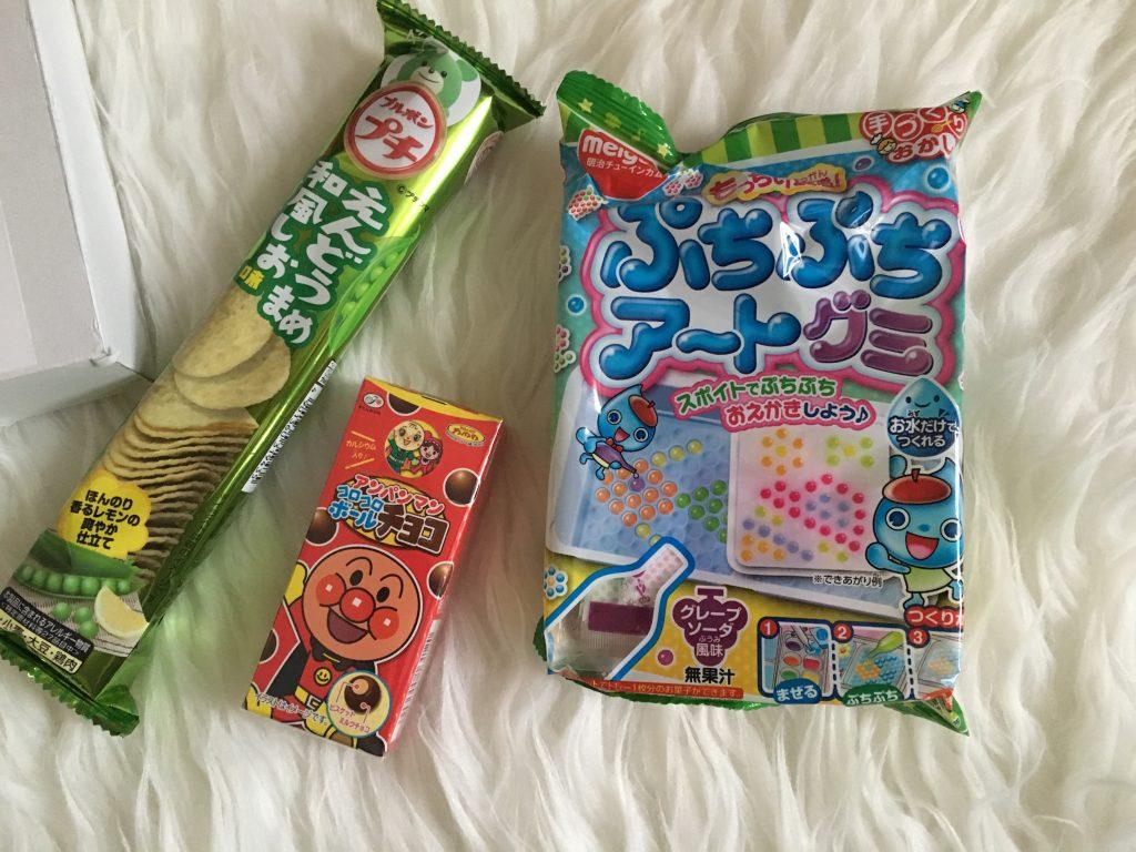 Bourbon Petit Green Pea Chips, Fujiya Choco Balls & Puchi Puchi DIY Gummy Art