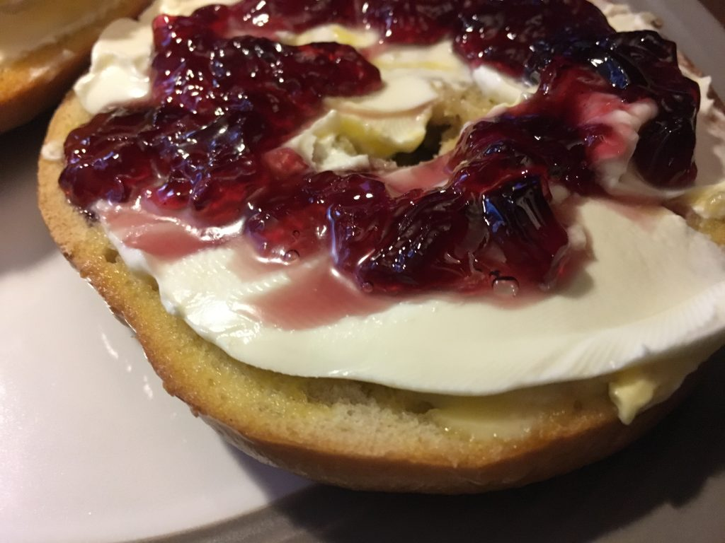 Bagel With Cream Cheese & Jam
