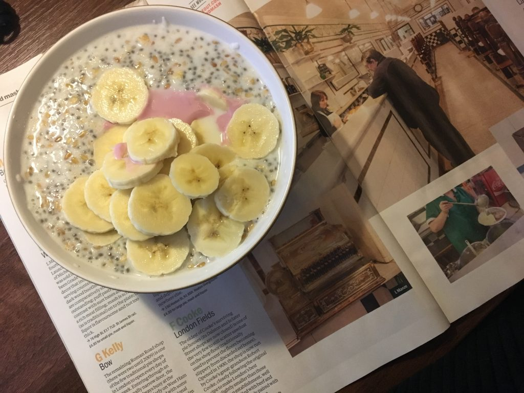Reduced-Carbs Oatmeal w Banana