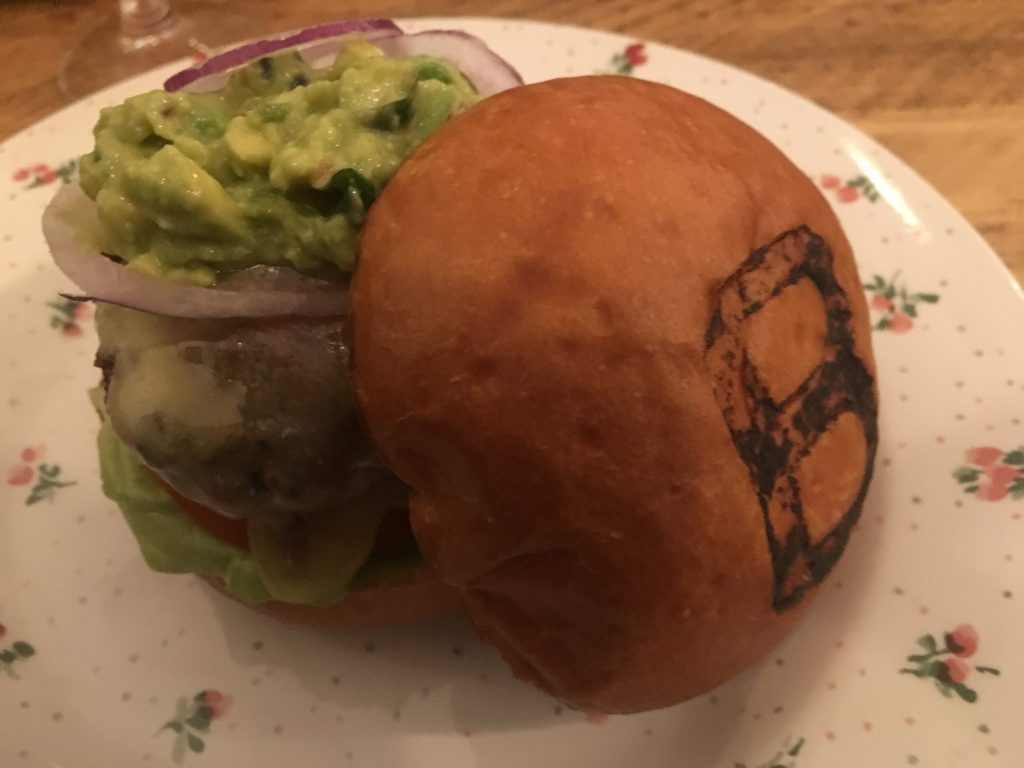 Classic Bobo with Westcombe Cheddar & Guacamole