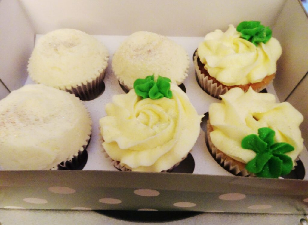 order of Vanilla & Red Velvet Cupcakes